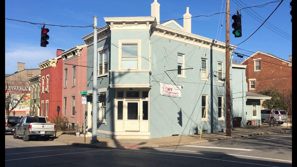 836  Main Street