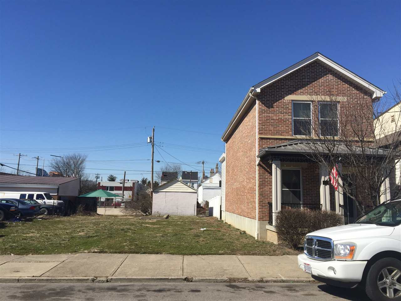 433  Lindsey Street