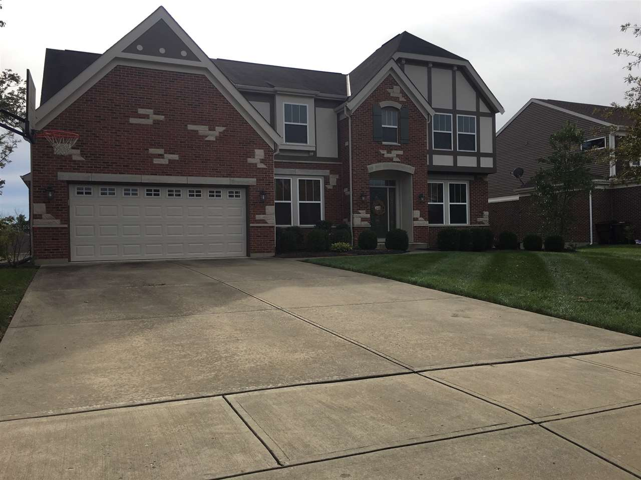 6239  Clearchase Crossings