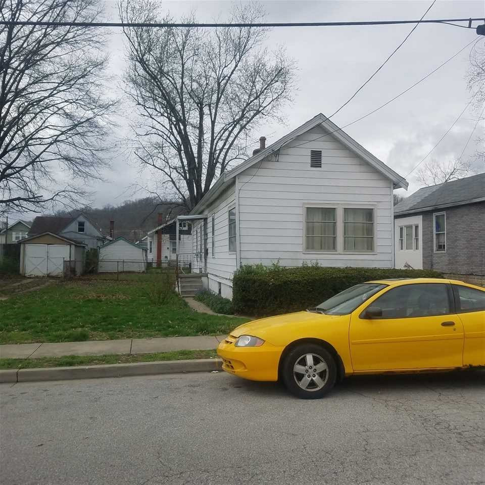 2715 E Alexandria Avenue Latonia KY